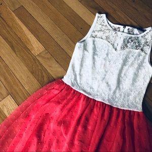 Myan Dresses - Sleeveless party dress